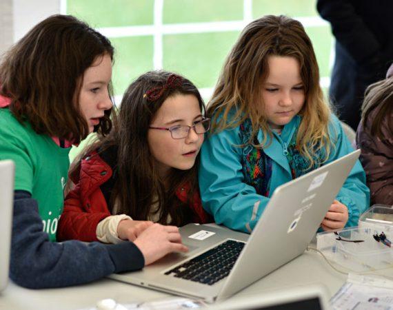 coding_courses_for_kids_-_coderdojo